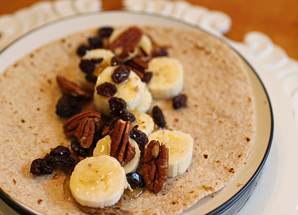 almondbutter-banana-wrap